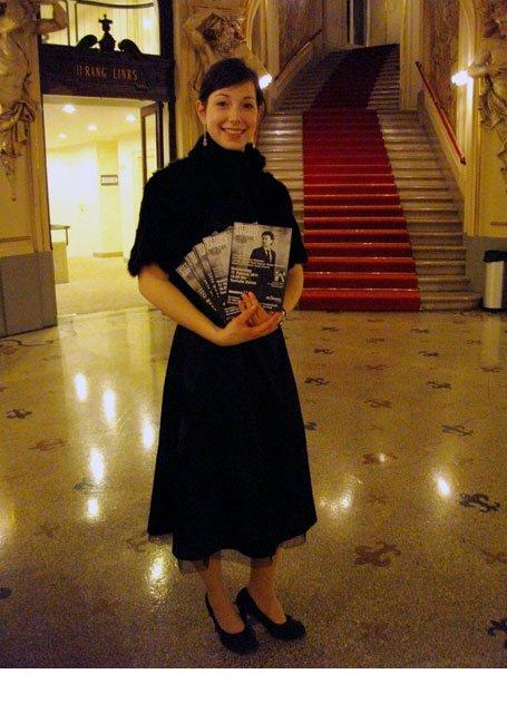 Flyerverteilung Opernhaus